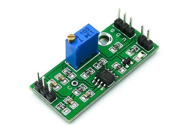 LM393 Voltage Comparator